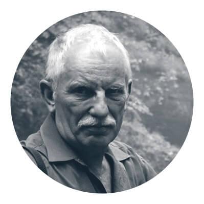 Jan Kabac - absolwent Wydziału Architektury Politechniki Warszawskiej, od45 lat, nieprzerwanie uprawia działalność zawodową wcharakterze projektanta architektury